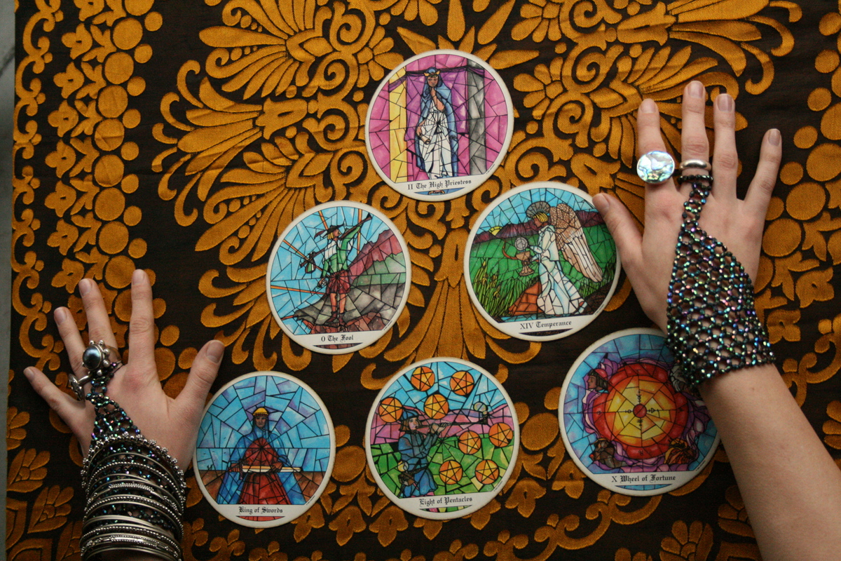 do a generalized Tarot reading for you