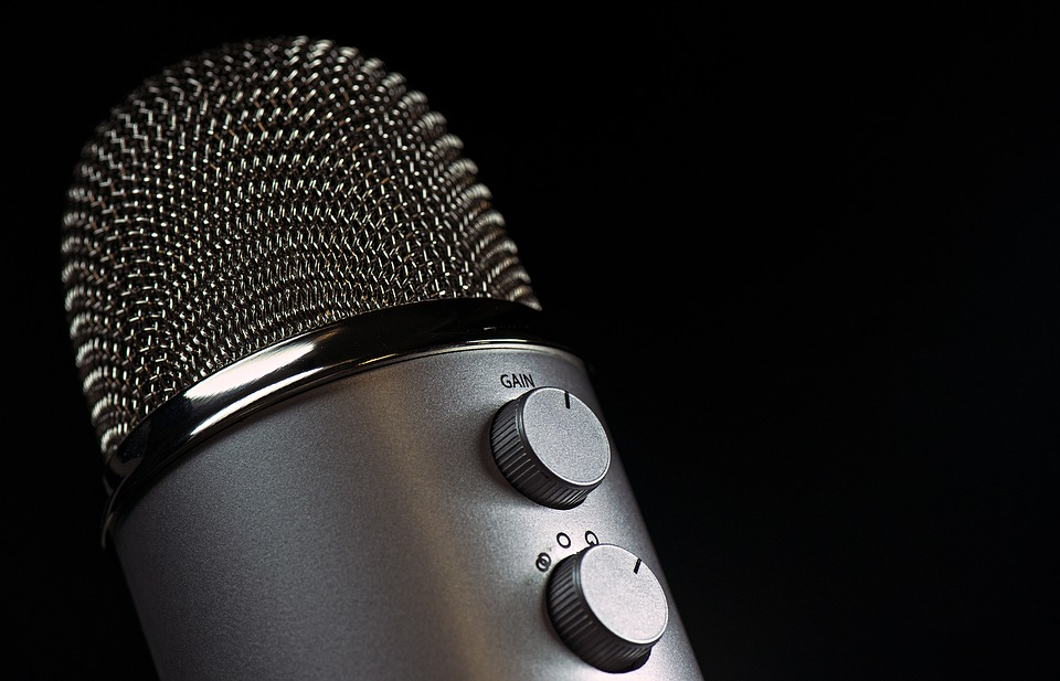 record a well spoken English with French accent voice over  or in native French 100 Words or less