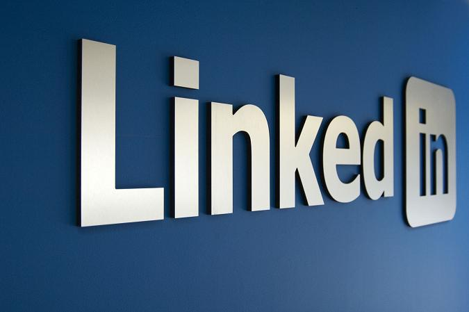 give you 100 Linkedin Post like or comments or share