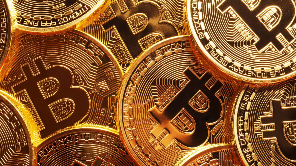 tell you how to win bitcoins every hour