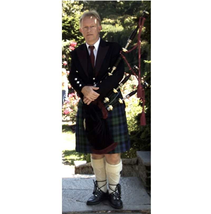 teach an introductory bagpipe lesson via Skype