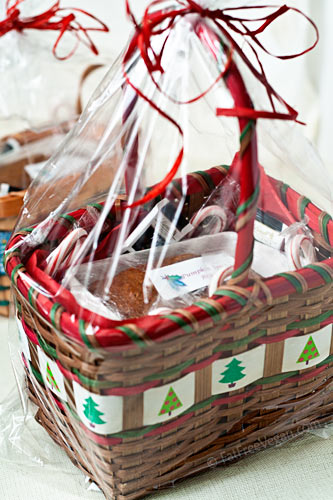 give you 99 Gift Basket Recipes and Ideas