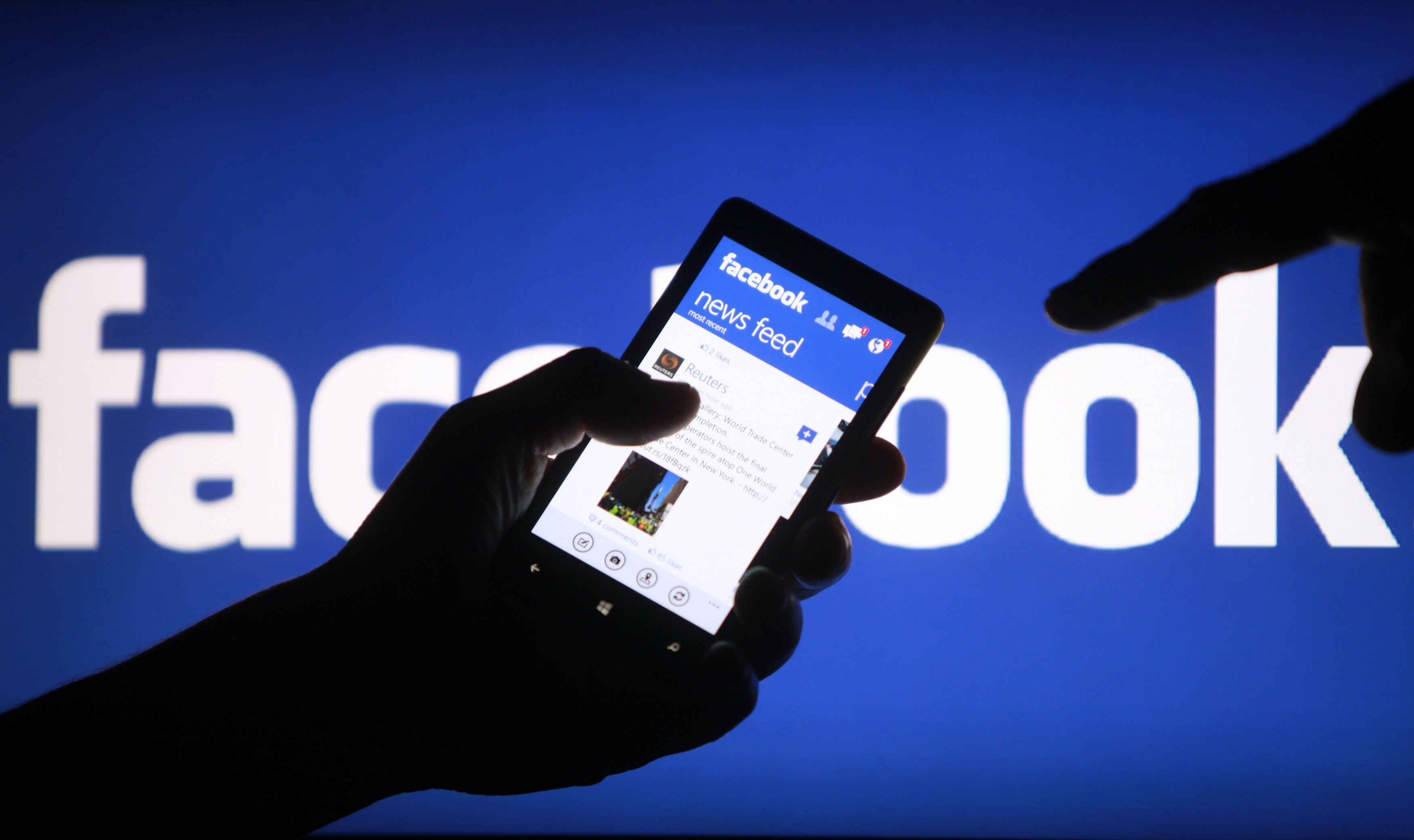 provide 500 likes to your facebook images and videos