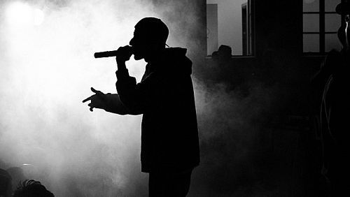 write a customised rap song based on what you'd like the song to be about!