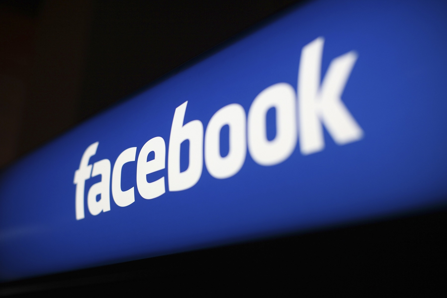 give you 2,000 Facebook fan page likes