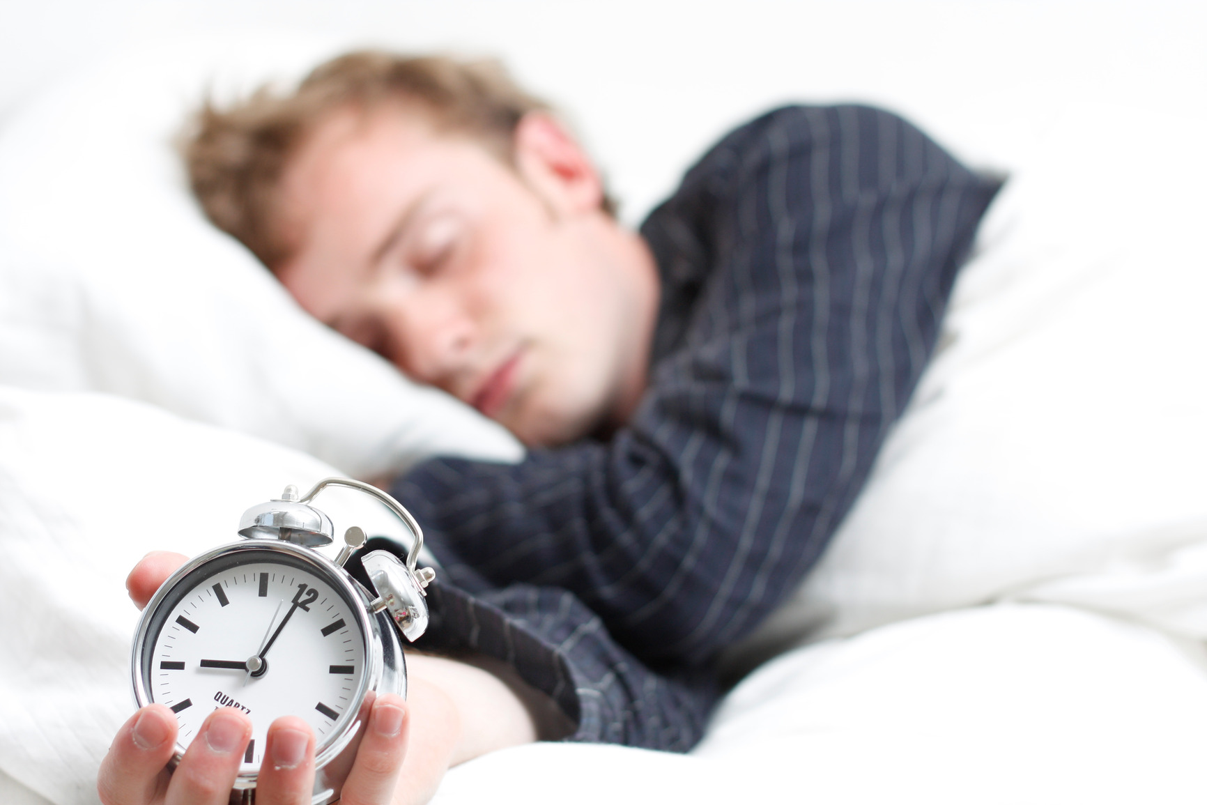 give you a life hack for instant sleep and trick to wake up