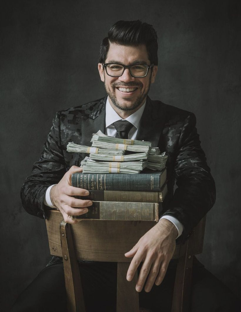 send you ANY Tai Lopez course