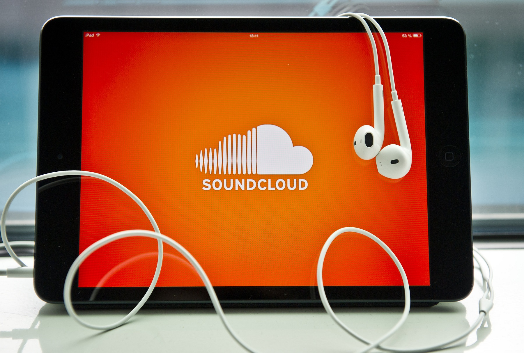 Provide 1 million soundcloud plays and 400 soundcloud likes and 400 repost 250 soundcloud followers and 50 comments