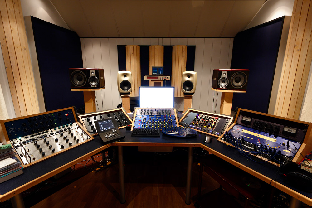 mastering your music for Radio, Club, CD and iTunes Standards in 24 hours