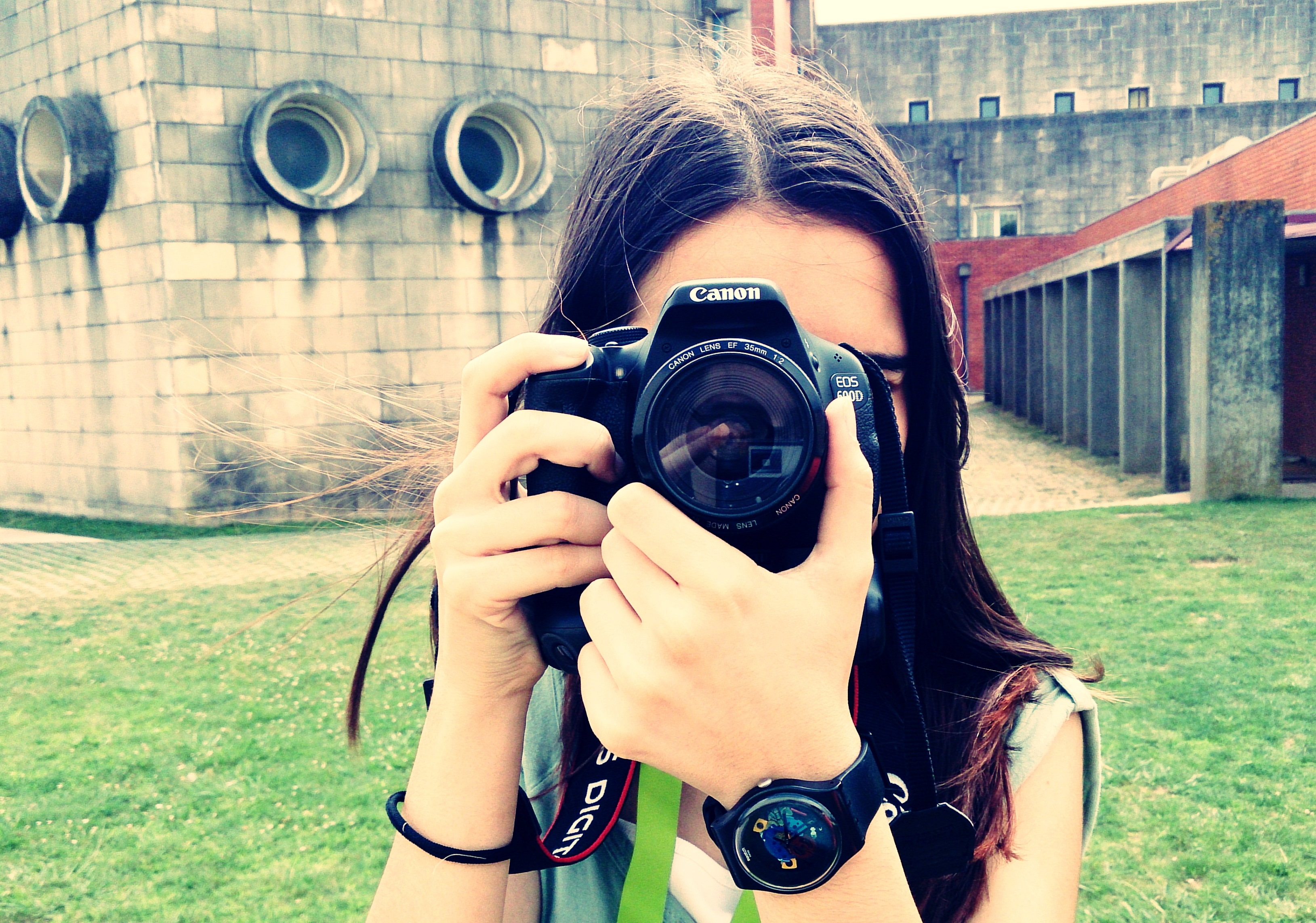 show you how to get incomes with your photos