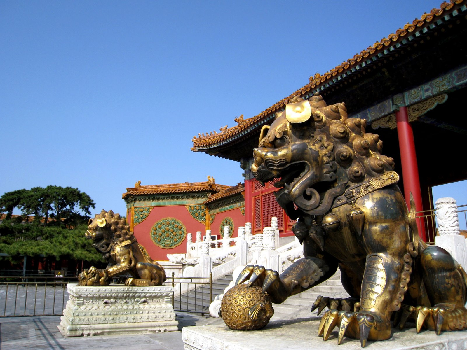 write articles and content on China