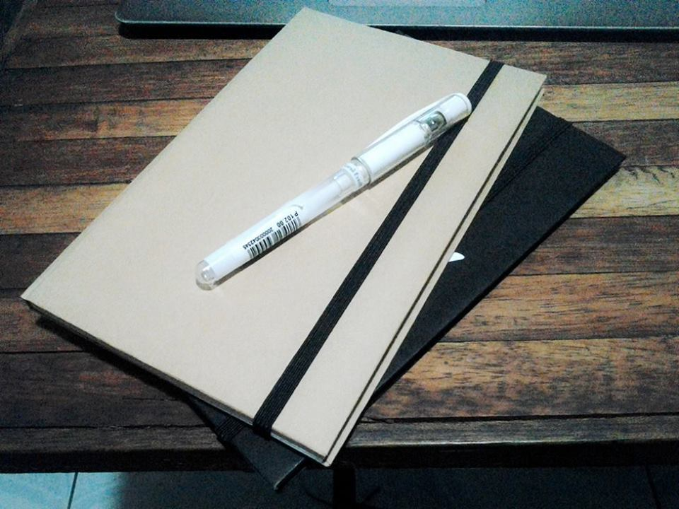 make a handmade blank notebook
