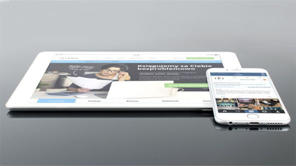 create or customize a responsive website design