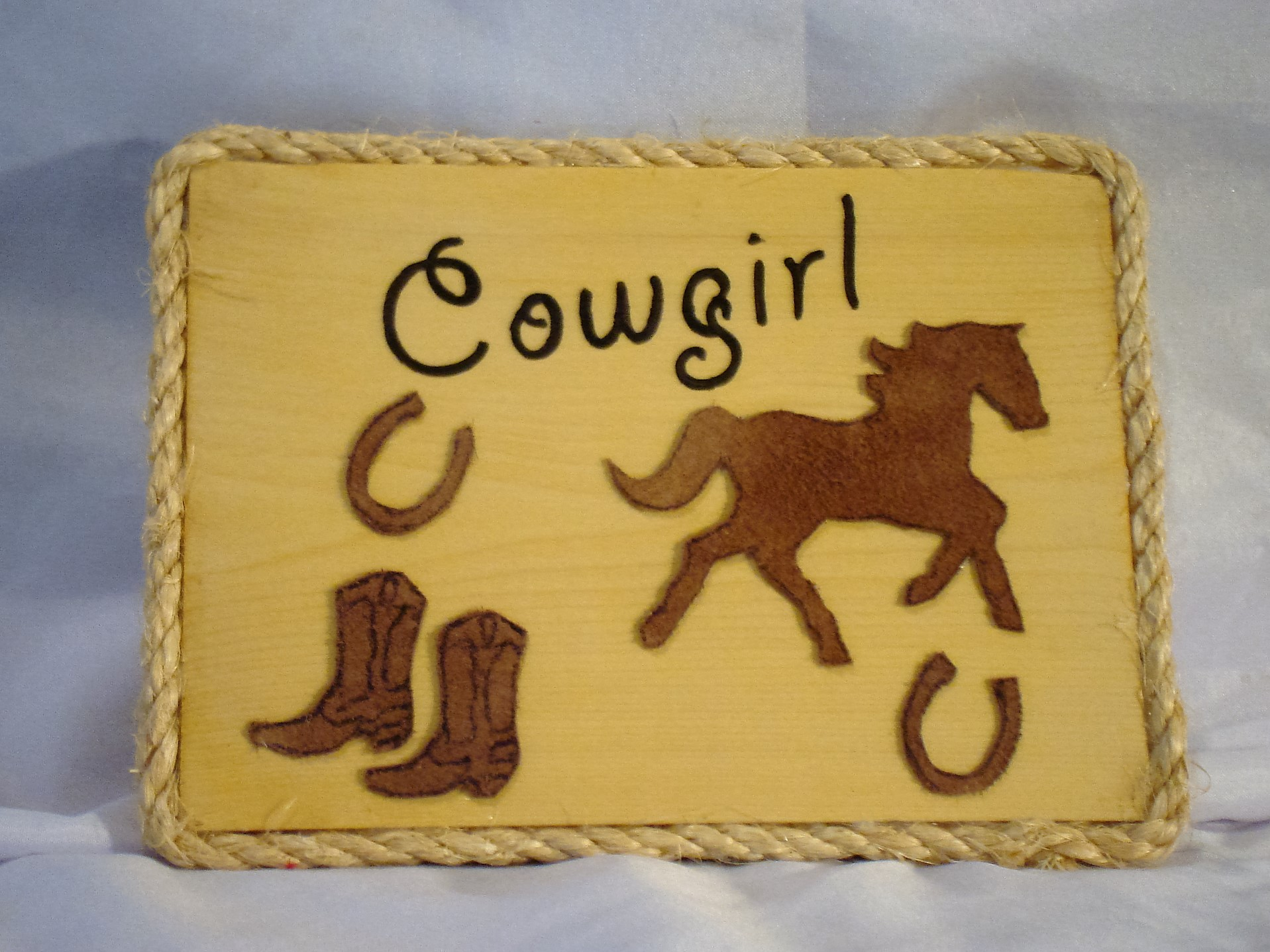 sell my wooden plaques 15.00